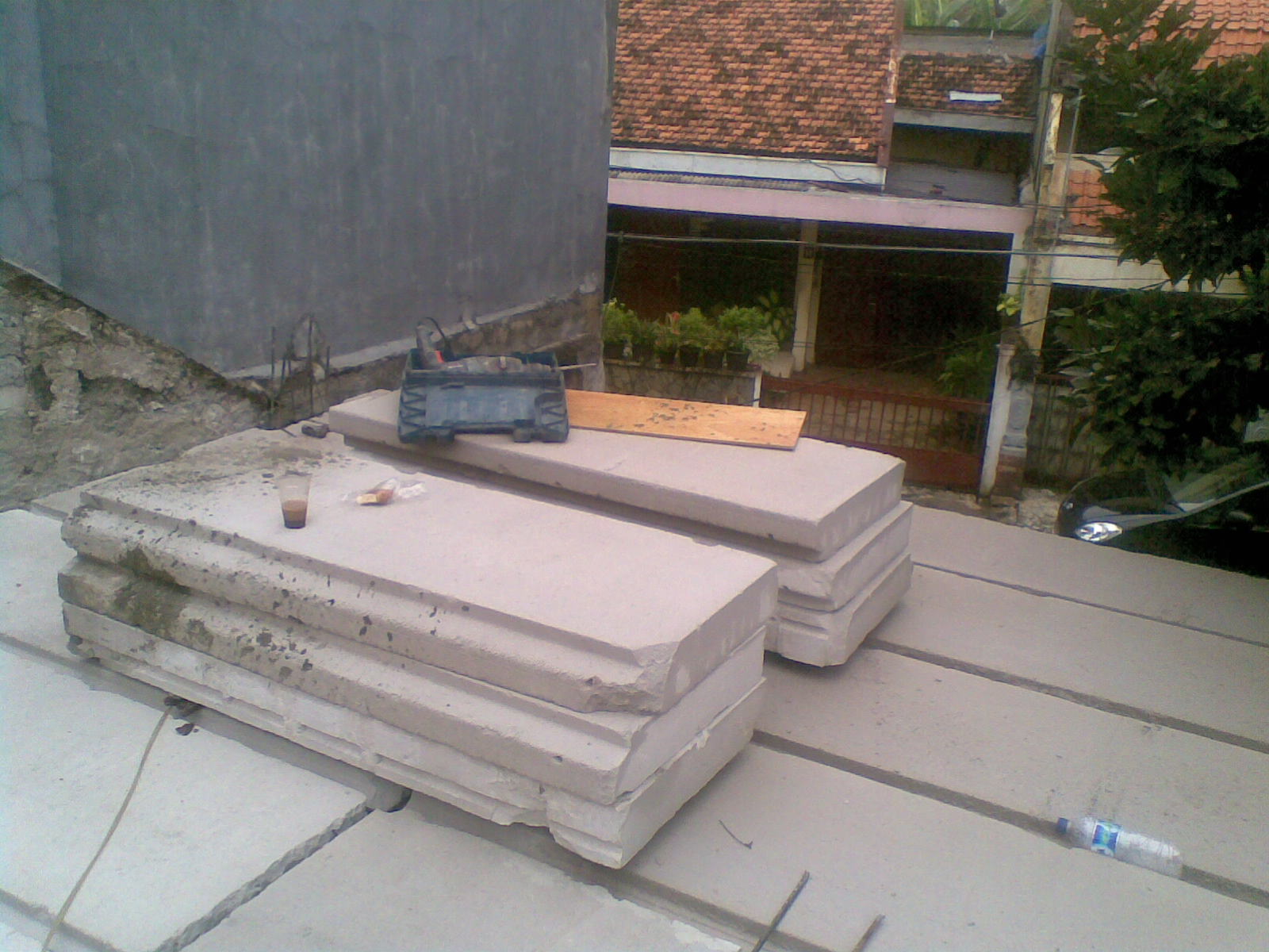 bangun rumah 6 panel lantai hebel To Give To Share