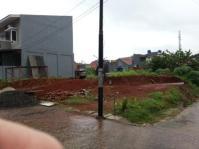 tanah sedang dikupas