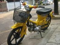 sepeda motor 4
