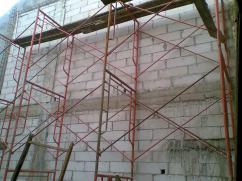 tembok untuk 2 lantai