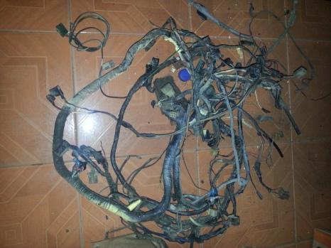 kabel bodi lama nih dicopot
